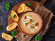 Рецепта Веган гъбена крем супа със сметана от кашу и горчица